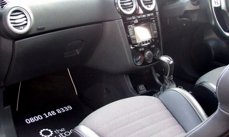 Sites On Internet That Sell Car Seats